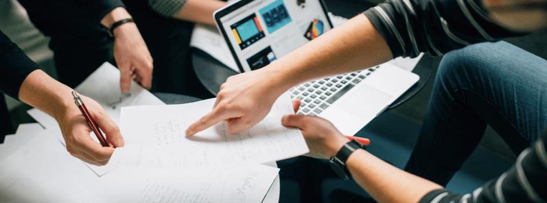 Rédiger soi-même un contrat commercial : est-ce trop coûteux ?