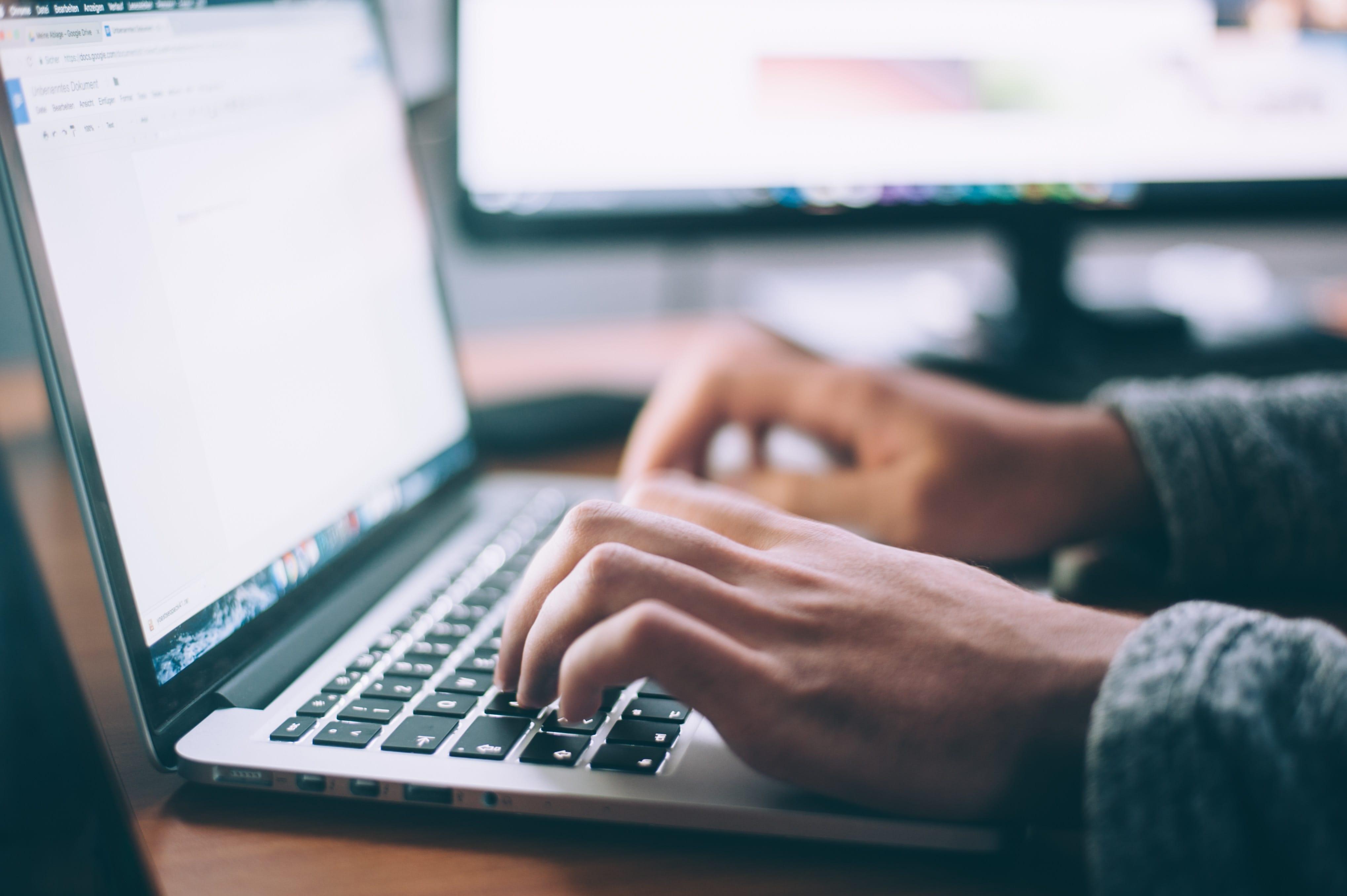 Dangers_Contrats_Types_Freelances