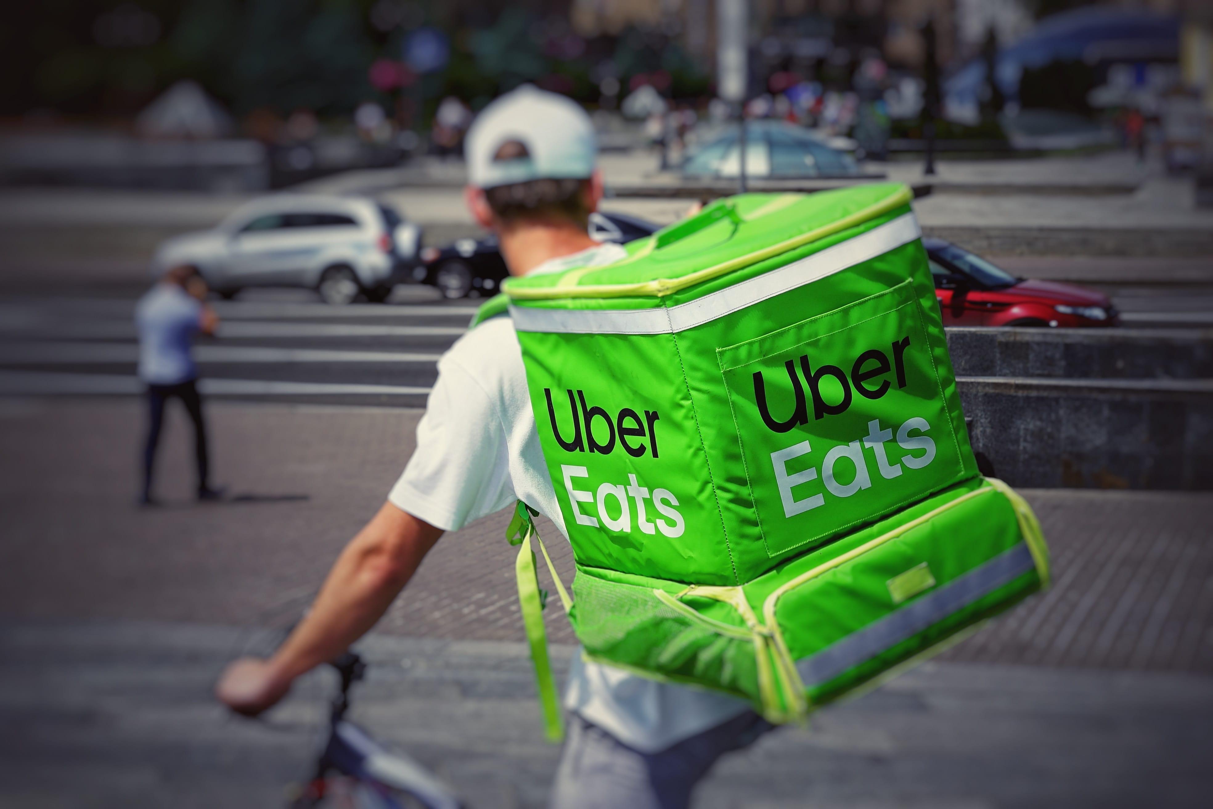 Livreur_uber_eats