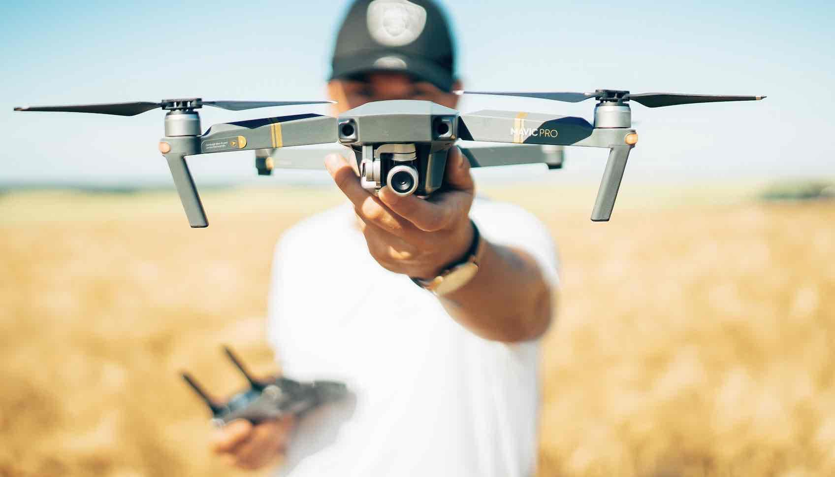 devenir pilote de drone